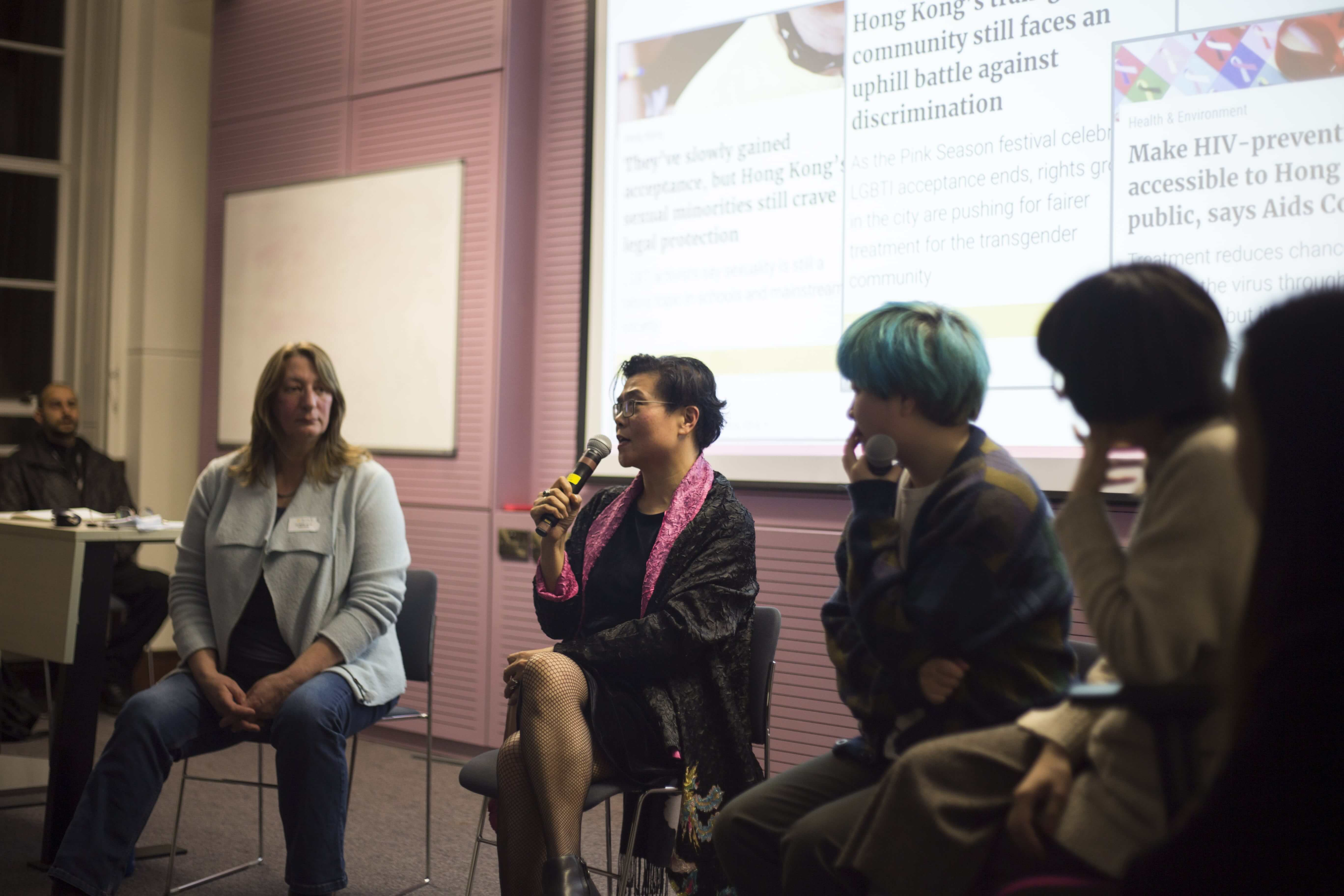 """WATCH: Over 80 attend NüVoices London launch wanel """"Being feminist in China: Gender issues across generations"""""""